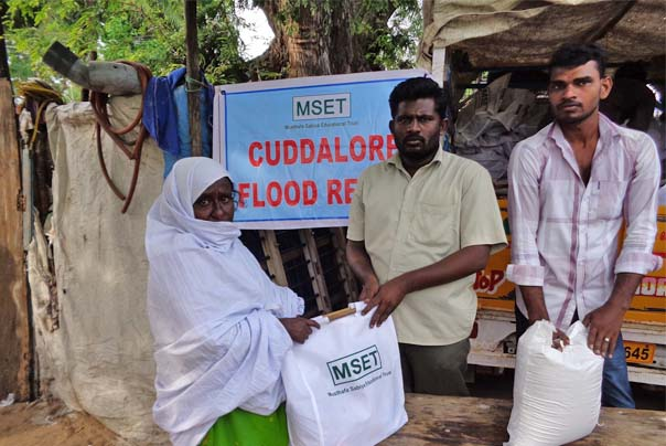 Flood Relief Supplies distributed to the flood affected families in Cuddalore by MSET